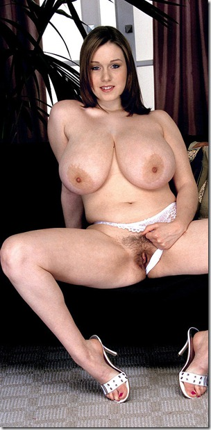 nicole-peters-showing-off-her-pussy